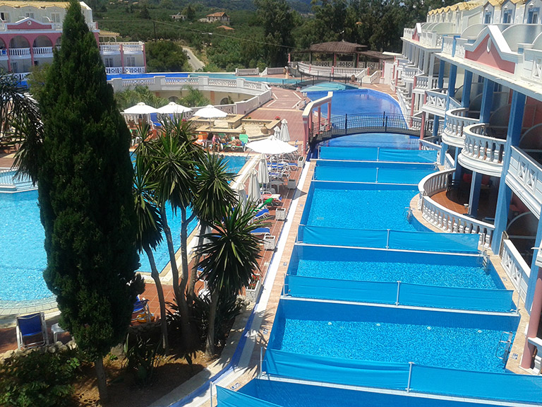 palazzo-di-zante-rooms-and-suites-with-private-pools